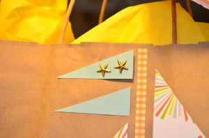 Sailboat gift bag flag