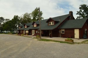 Vermilion-on-the-Lake Clubhouse